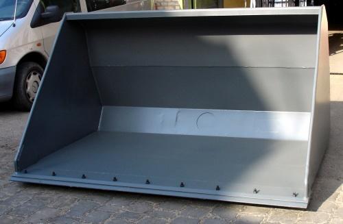 Könnyűanyag kanál csavarozható vágóéllel – Famo Kft.